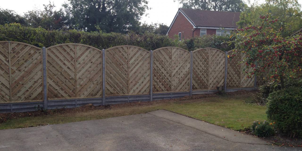 Vaga panels on concrete posts